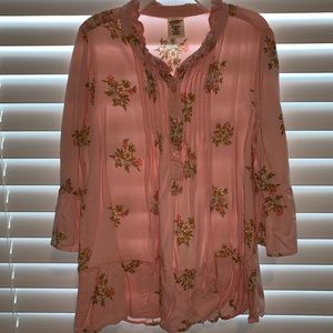 Pink floral blouse with pin tuck, button front